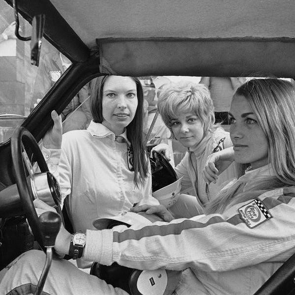 25 Female Race Car Drivers Who Forever Changed Racing