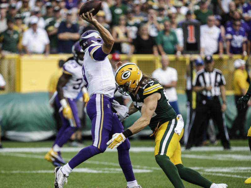 d553c1722bb Green Bay Packers linebacker Clay Matthews was penalized for roughing the  passer on this hit against
