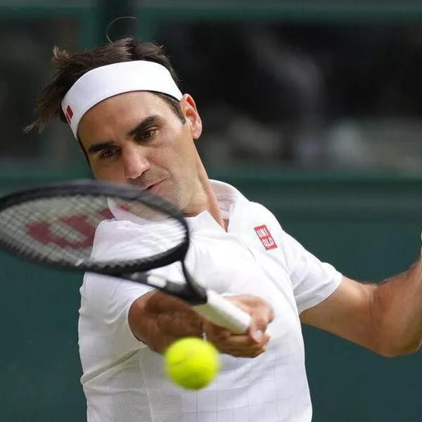Roger Federer's Tennis Racket (2021)